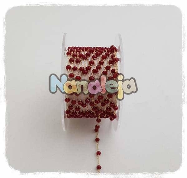 Cadena con piedras burdeos (precio por trozo de 10cm)