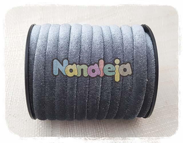 Cordón de terciopelo redondo gris (precio por metro)