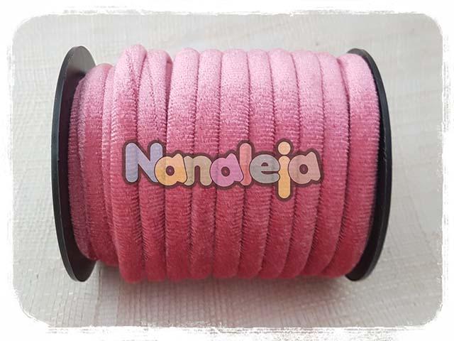 Cordón de terciopelo redondo rosa (precio por metro)