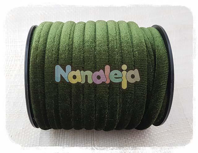 Cordón de terciopelo redondo verde oliva (precio por metro)