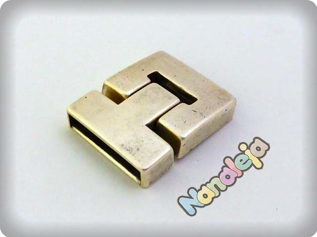 Cierre puzzle con imán zamak interior 25X3mm